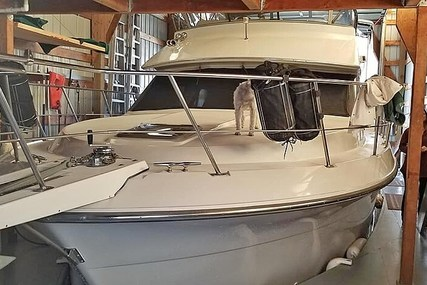 Carver Yachts 36/MY for sale in United States of America for $65,600 (£54,163)
