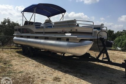 Sun Tracker Regency Party Barge 27' for sale in United States of America for $18,750 (£15,093)