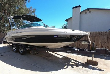 Sea Ray 220 Sundeck for sale in United States of America for $24,500 (£19,538)