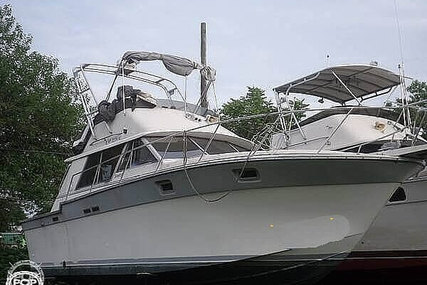 Silverton 34 Convertible for sale in United States of America for $15,000 (£10,689)