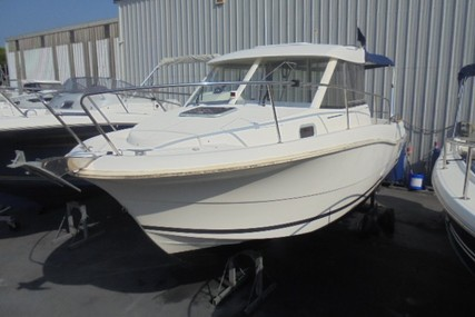Jeanneau Merry Fisher 725 for sale in France for €25,900 (£23,651)