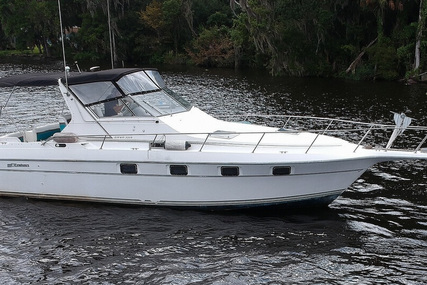 Cruisers Yachts Esprit 3370 for sale in United States of America for $25,900 (£20,848)