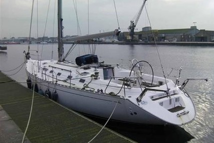 Dufour Yachts 45 CLASSIC for sale in France for €85,000 (£75,297)