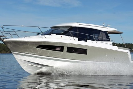 Jeanneau NC 9 for sale in Germany for €179,900 (£164,280)