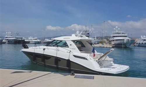 Image of Sea Ray 450 Sundancer for sale in Spain for €375,000 (£332,194) Palma de Mallorca, , Spain