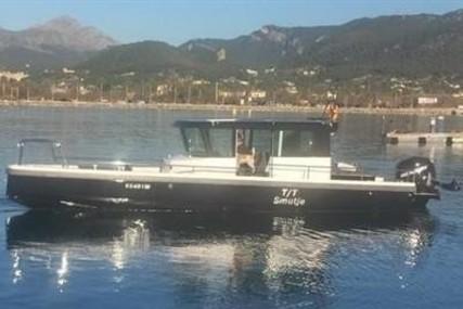 Axopar 28 hard top for sale in Spain for €94,000 (£83,029)