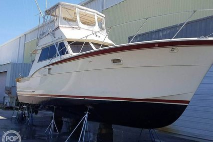Hatteras 42 Convertible for sale in United States of America for $44,500 (£34,281)
