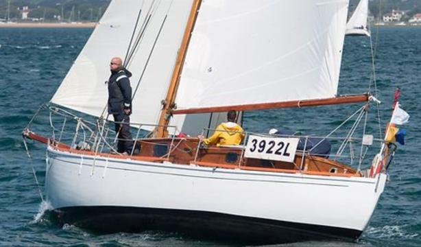 Custom Hillyard 12 ton sloop for sale in United Kingdom for