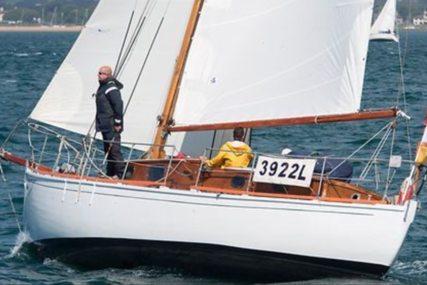 Custom Hillyard 12 ton sloop for sale in United Kingdom for £19,750