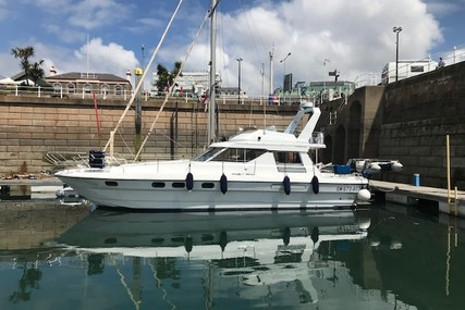 Princess 45 for sale in France for €59,000 (£53,877)