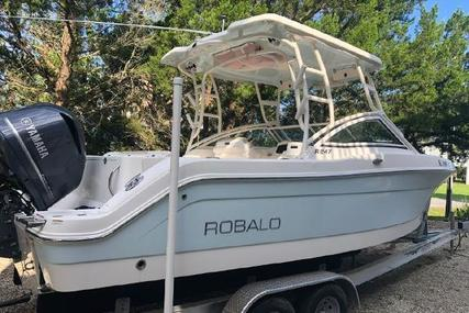 Robalo R247 Dual Console for sale in United States of America for $86,900 (£71,523)