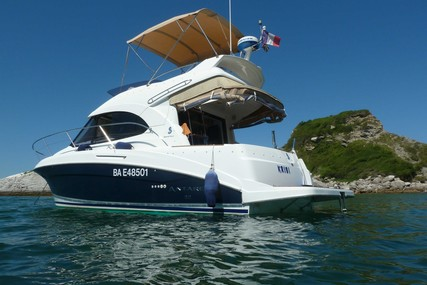 Beneteau Antares 32 for sale in France for €105,000 (£96,226)