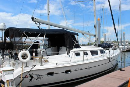 Hunter 44 Deck Salon for sale in United States of America for $159,900 (£130,228)