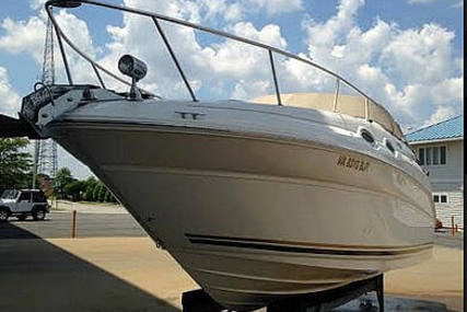 Sea Ray 260 Sundancer for sale in United States of America for $25,000 (£20,641)