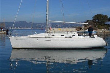 Beneteau First 31.7 for sale in France for €34,000 (£30,119)