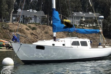 Wayfarer 32 for sale in United States of America for $14,750 (£11,692)