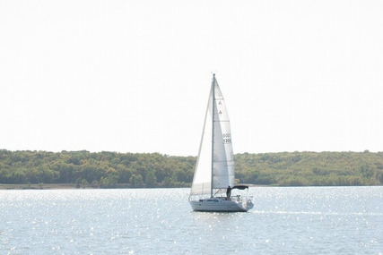 Beneteau Oceanis 350 for sale in United States of America for $39,900 (£30,711)