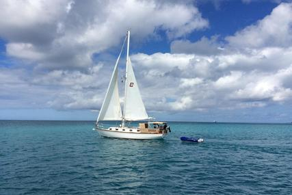 Cape Dory 33 for sale in Antigua and Barbuda for $35,000 (£27,862)