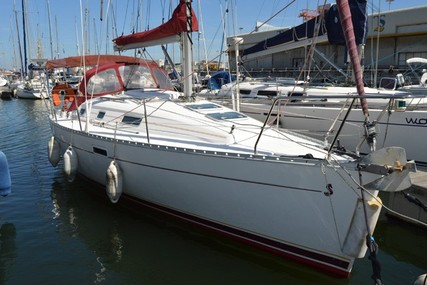 Beneteau Oceanis 311 Clipper for sale in Portugal for €49,000 (£42,094)
