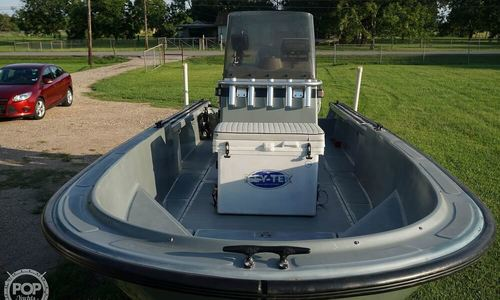 Image of Boston Whaler 220 Guardian for sale in United States of America for $33,400 (£25,348) Crosby, Texas, United States of America