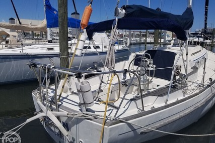 Pearson 35 for sale in United States of America for $25,000 (£20,047)