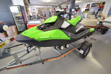 Sea-doo Spark for sale in United Kingdom for 4 450 £