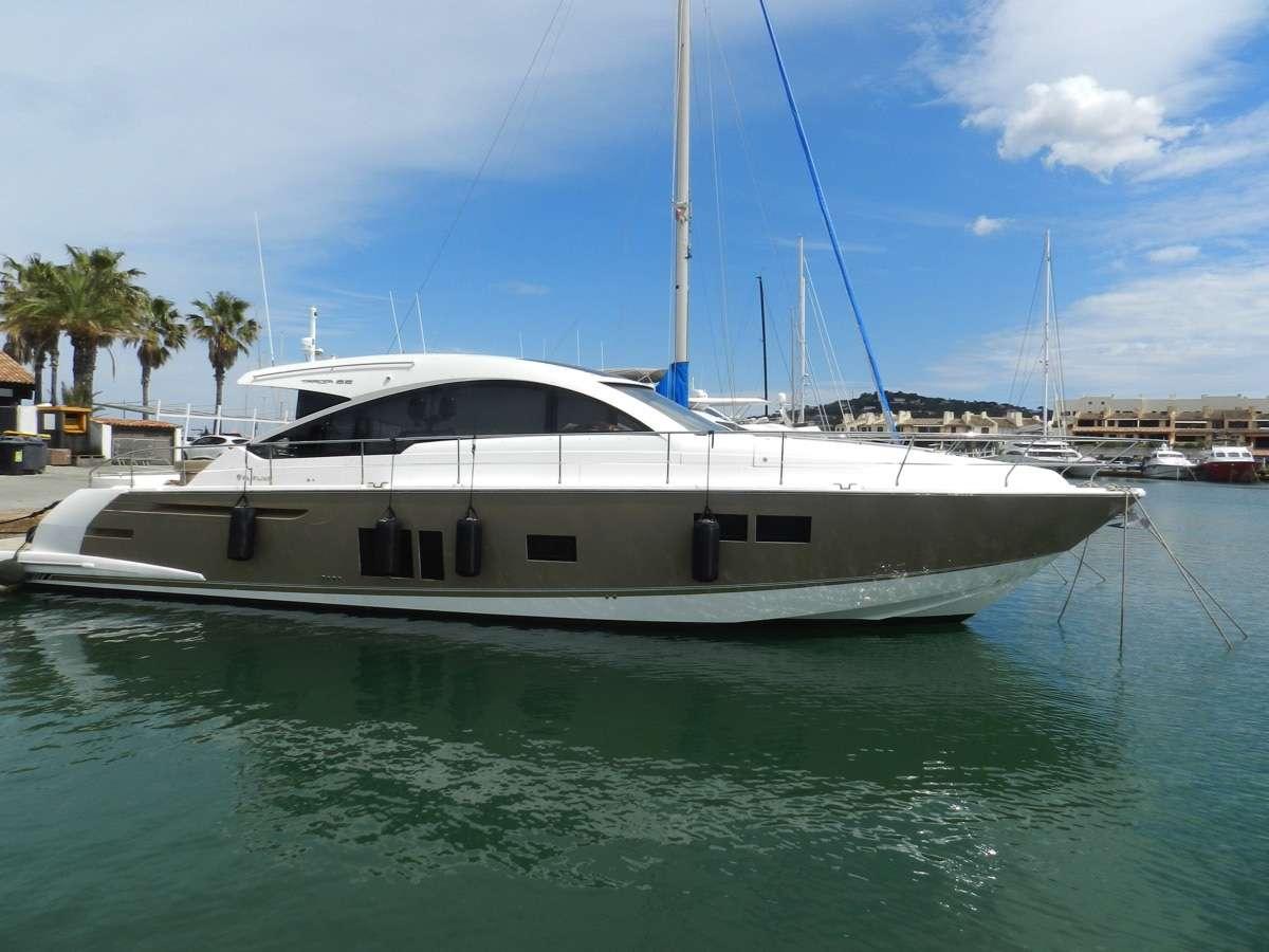 Fairline Yachts - Targa Squadron FLine Cruiser Motor Boats
