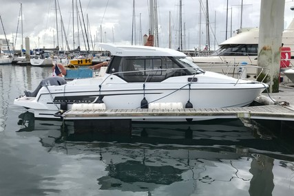 Jeanneau Merry Fisher 795 for sale in France for €49,000 (£43,407)
