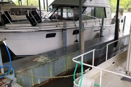 Carver Yachts 32 Aft Cabin for sale in United States of America for $22,650 (£18,523)