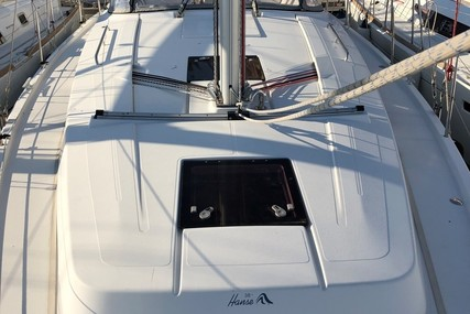 Hanse 385 for sale in France for €99,000 (£89,571)