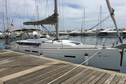 Jeanneau Sun Odyssey 409 for sale in France for €109,000 (£98,801)