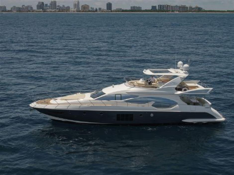 Azimut Yachts 70 Flybridge for sale in United States of