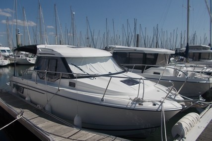 Jeanneau Merry Fisher 795 for sale in France for €61,000 (£52,760)