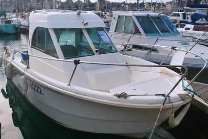 Beneteau Antares 620 Hb for sale in France for €19,490 (£17,265)