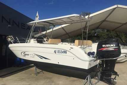 Saver 720 WA for sale in France for €23,000 (£19,851)