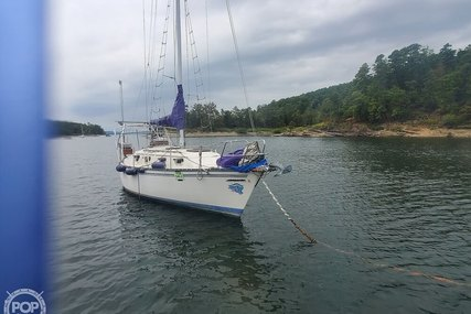 Hunter 30 for sale in United States of America for $17,750 (£14,219)