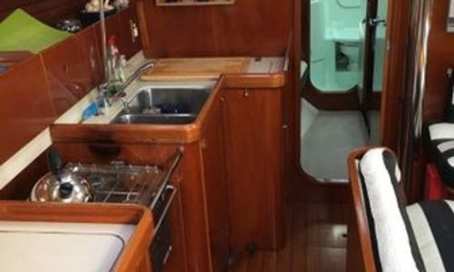 Image of Beneteau Oceanis 400 for sale in Malta for €70,000 (£59,992) Malta