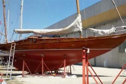 43ft CLASSIC YAWL for sale in Italy for £39,500