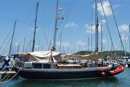 54ft. CUTTYHUNK WORLD CRUISING YACHT for sale in Italy for £385,000