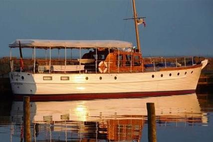 Classic SILVER 52 MOTOR-YACHT for sale in Germany for £220,000