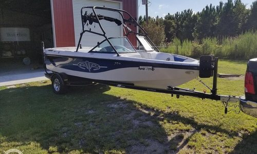 Image of Correct Craft Super Air Nautique 210 for sale in United States of America for $22,000 (£16,982) Callahan, Florida, United States of America