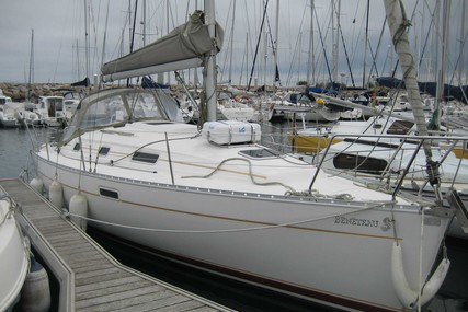 Beneteau Oceanis 311 Clipper for sale in France for €33,000 (£28,349)