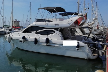 Doqueve Majestic 390 for sale in Spain for €93,000 (£84,132)