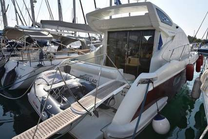 Azimut Yachts 40S for sale in Greece for €230,000 (£199,759)