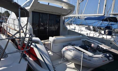Image of Azimut Yachts 40S for sale in Greece for €230,000 (£200,190) Corfu/Italy, Greece