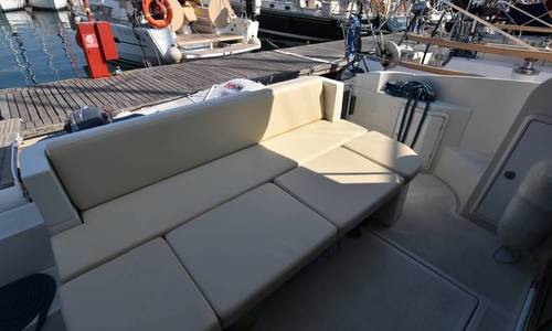 Image of Azimut Yachts 40S for sale in Greece for €230,000 (£205,898) Corfu/Italy, Greece