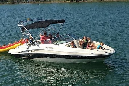 Sea Ray Sun Deck 220 for sale in United States of America for $18,750 (£15,063)