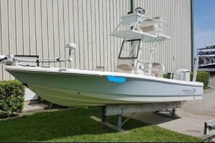 Robalo 246 Cayman Skydeck for sale in United States of America for $105,600 (£82,102)