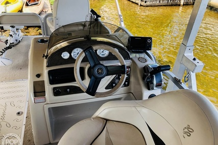 Cypress Cay 220 Striper for sale in United States of America for $30,000 (£22,768)