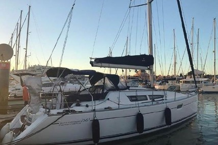 Jeanneau Sun Odyssey 36i Performance for sale in Portugal for €65,000 (£57,580)